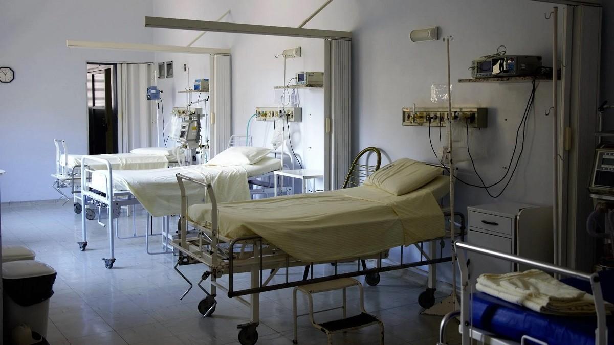 Delta COVID-19 variant doubles hospitalization risk